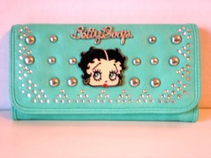 Betty Boop Tri-fold Wallet #036 Face Design Mint With Studs